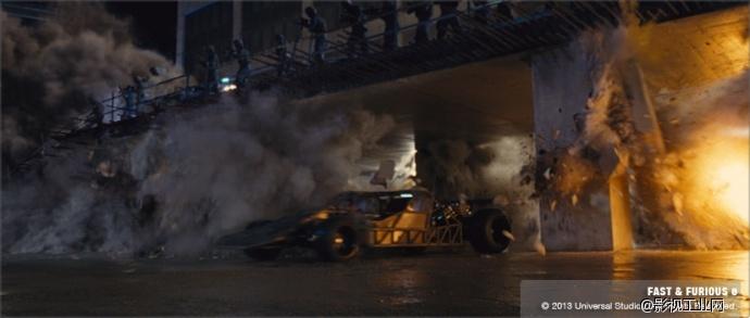 """《速度与激情6》""""飞机爆炸,坦克攻击,楼层倒塌,飙车""""激情场面全面大"""