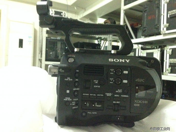 便携拍摄利器 sony pxw-fs7