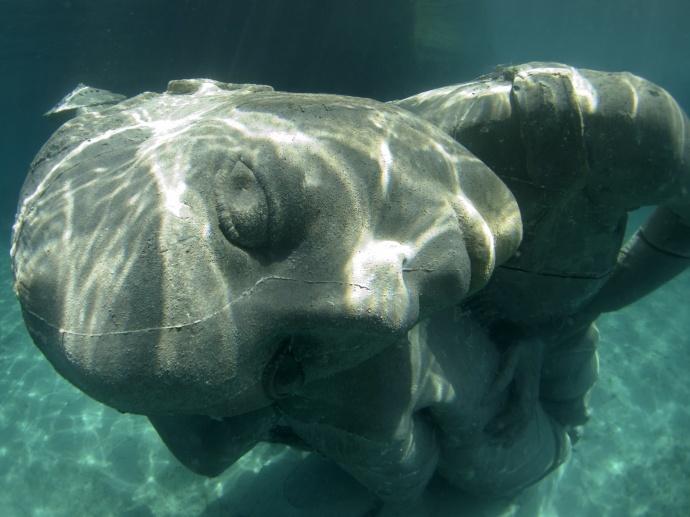 地球上最大的海底雕塑,怎么做成的?