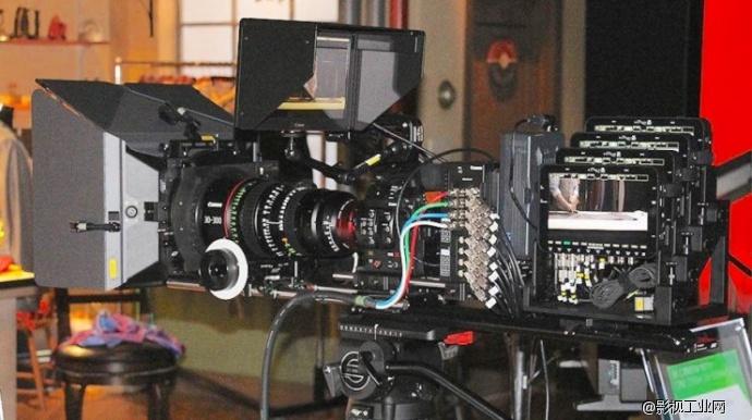 佳能expo纽约:8k电影摄像机,虚拟现实耳机,虚拟现实摄影机支架