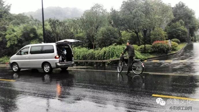 两分钟了解一个普通警察真实的一生 杭州市公安局西湖分局微电影 新闻中心 4