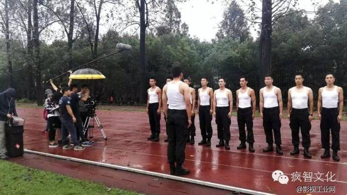 两分钟了解一个普通警察真实的一生 杭州市公安局西湖分局微电影 新闻中心 5