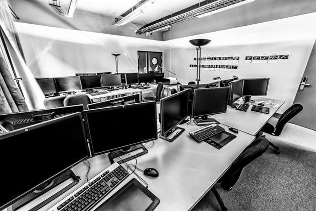 电影后期制作_电影学院同这里是一个区域 vfx特效部门是法国全景数字工厂后期制作公