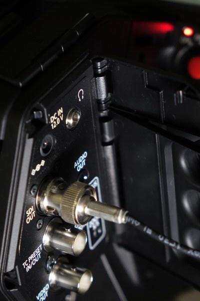 松下DVX200检测(一):摄影机概述,人机工程学及运行