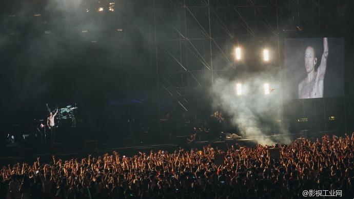 """【演唱会拍摄新技能】 - DJI大疆""""天地一体"""" VS 林肯公园演唱会(快来赢林肯公园签名CD~)"""
