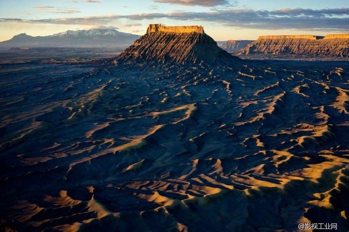 【名家分享】著名风光摄影家王建军独家分享——中美西部风光摄影中的航拍视野