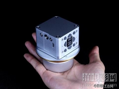 iPhone6s无线跟焦器让你秒变大片导演