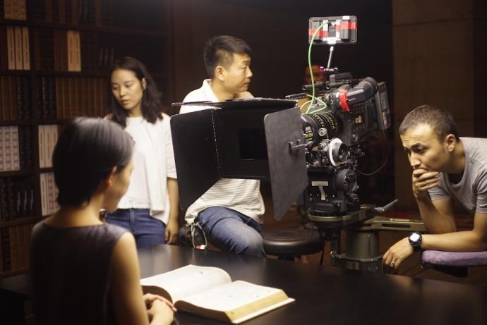 科幻短片《创世纪》--对话罗攀:摄影师的挑战在于找到合适的语言,用合适的工具去完成它