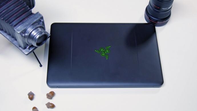 最适合视频工作者的笔记本?雷蛇灵刃2016评测