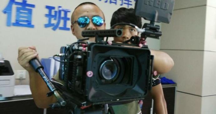 拍微电影用什么摄像机