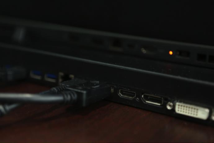 常年与移动工作站并肩作战的各位,福音ThinkPad P50来了