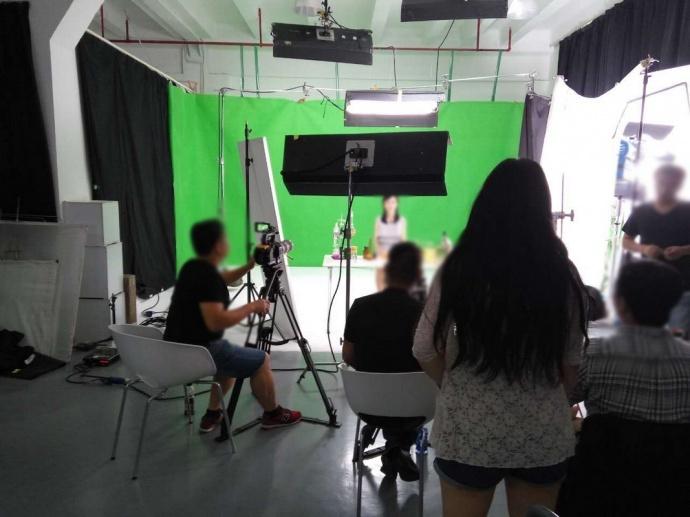 上海摄影棚出租直播摄影棚出租直播场地出租租赁 影视工业网cinehello