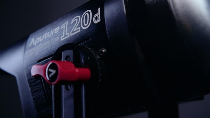 最爱的灯——COB 120D深度评测