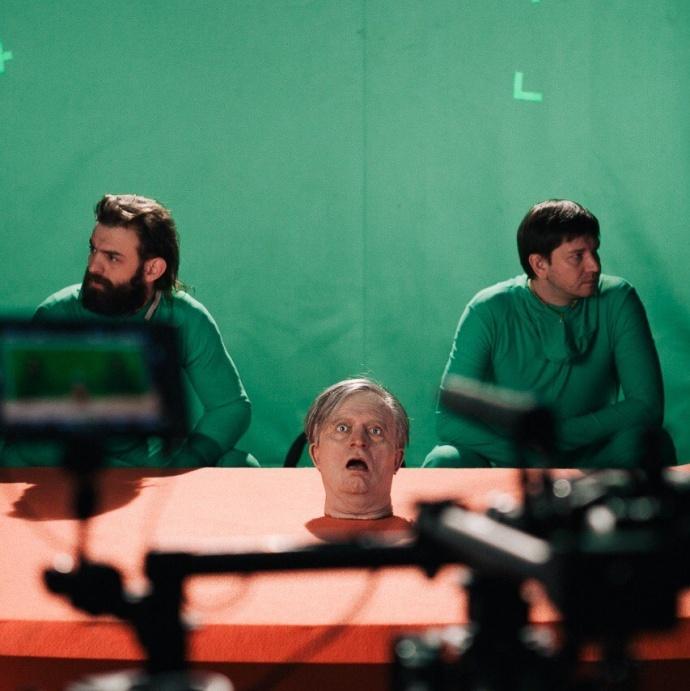 战斗民族超吊MV ,《Kolschik》马戏团的惨剧