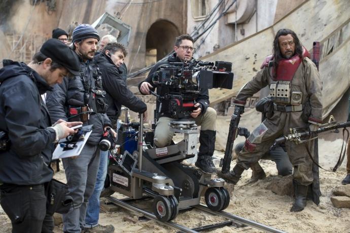 《雄狮》如果获得了奥斯卡摄影,是因为它代表了未来打光方式