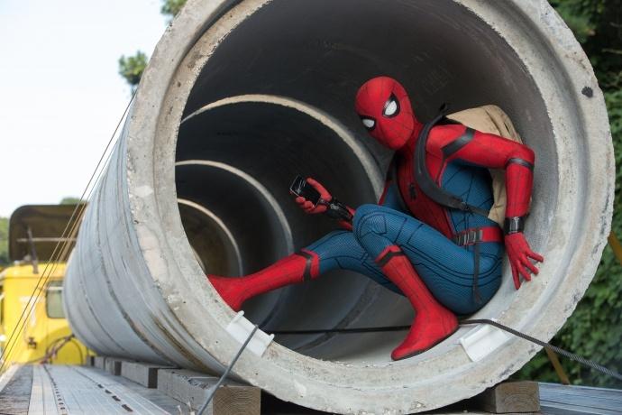 漫威宇宙与神奇世界合体,《蜘蛛侠:英雄归来》最新中文预告片发布