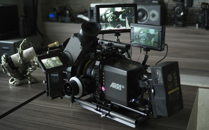让你真正掌控画面的监视器 ——爱图仕VS-5X监视器体验手记