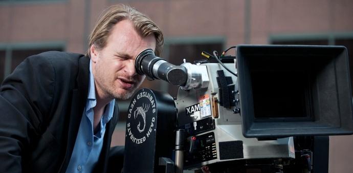 诺兰为了安利胶片,与保罗·托马斯·安德森,昆汀组了一个70mm 胶片俱乐部