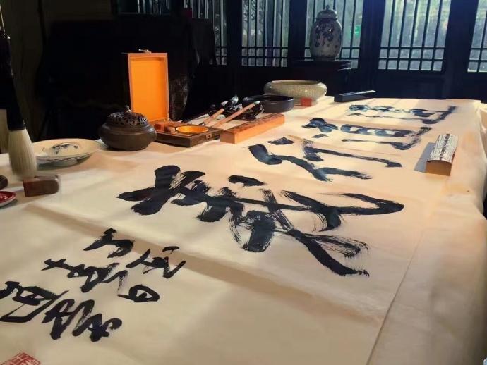 【多彩贵州影业,讲好贵州故事,传递贵州声音】为遵义喝彩!