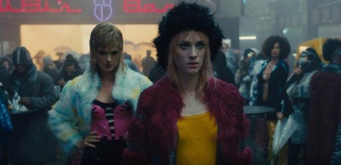 为了打造全息女友与妓女的合体,《银翼杀手2049》做了啥?