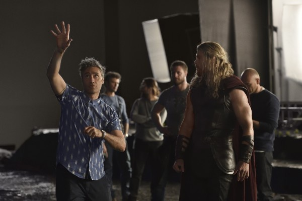 导演塔伊加·维迪提谈《雷神3:诸神黄昏》:他是如何改变了雷神故事