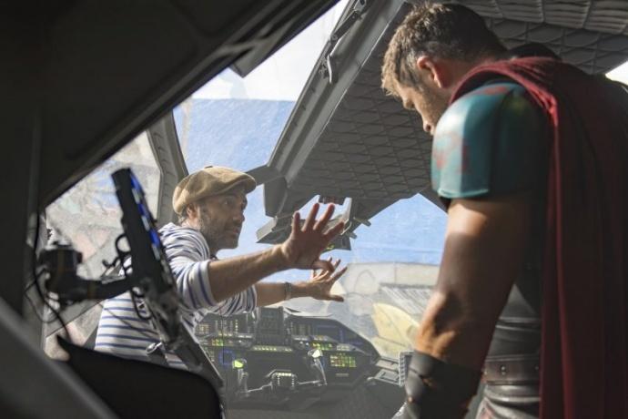 《雷神3》爆现场拍摄幕后,95%的蓝幕打造出这系列最好看的一部