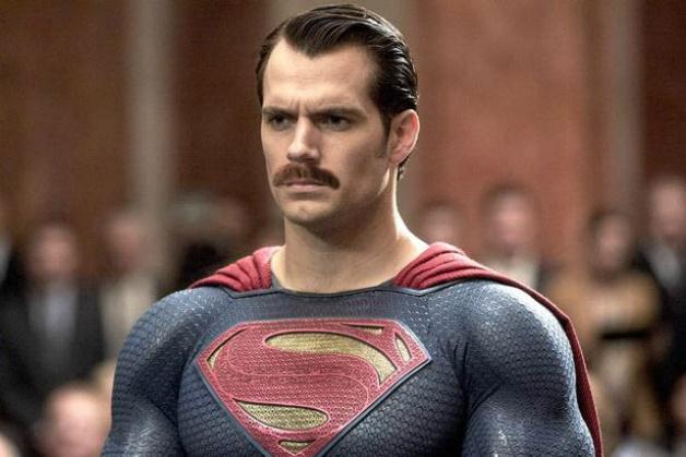 2500万美元的补拍费用不说,《正义联盟》还特意在后期给超人刮胡子
