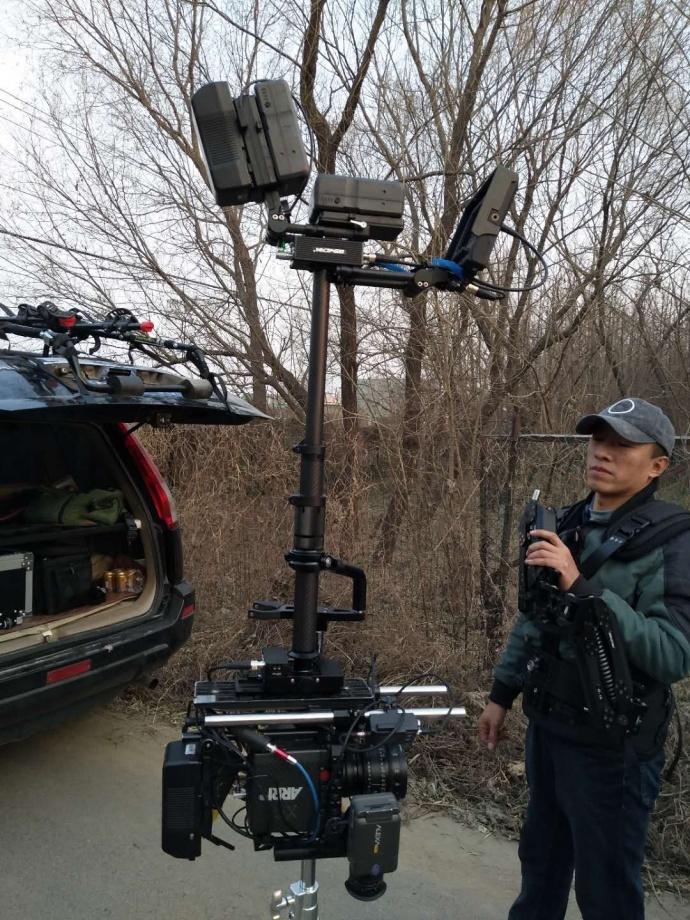 2018全新推出BSW-G15电影级阿莱RED斯坦尼康减震臂稳定器 承重13公斤(指单独机器13公斤)