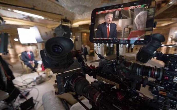 圈内新鲜事:Chris Albert在为《60分钟》栏目采访总统时,使用了Sony F55摄影机