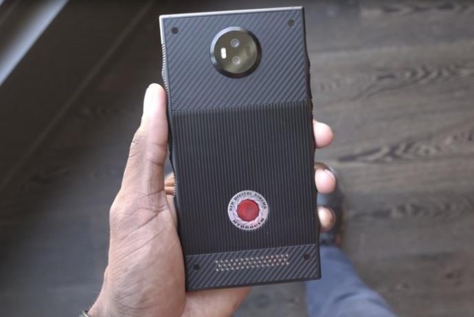 只有你想不到!全息的RED智能手机透露更多秘密,今夏即将发货