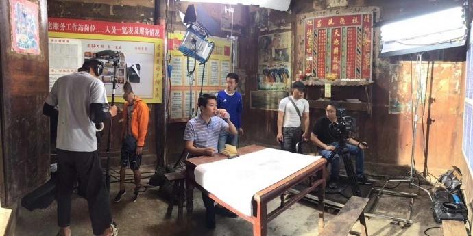 贵州青年影视人胡灵杰:低成本制作,如何用RED提升影像质量【多彩贵州影业】
