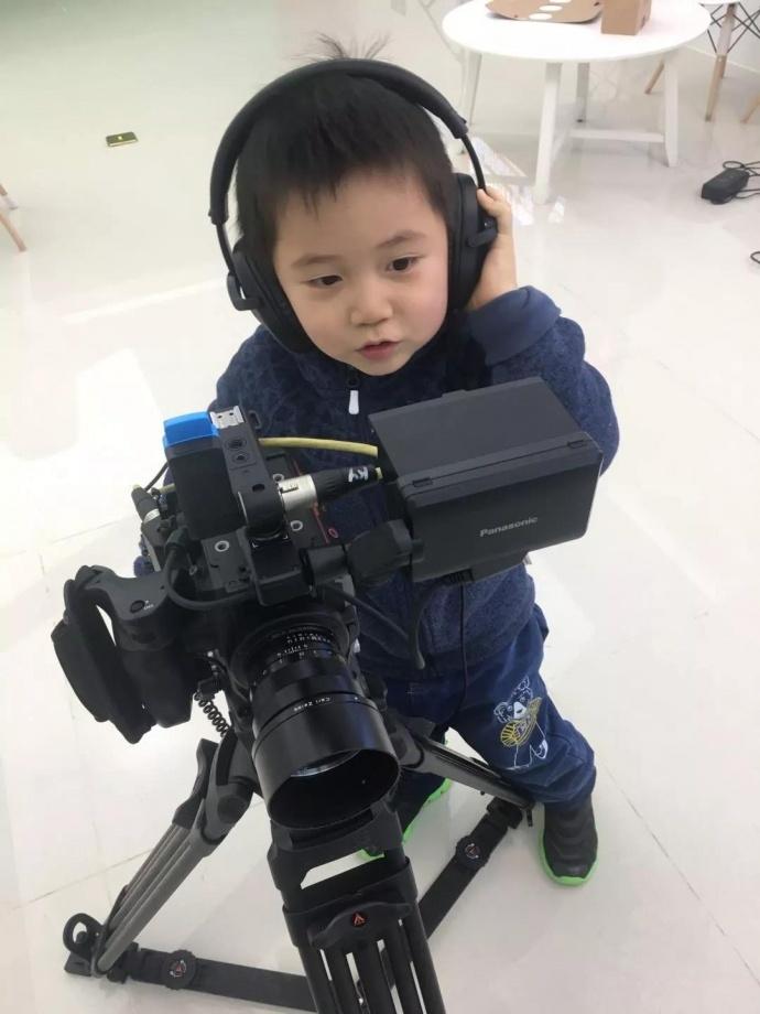 从微单到电影摄影机再到最近的EVA1 松下总能给我惊喜