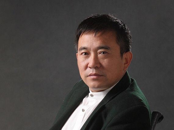 在中国学电影和在美国学电影有什么不一样?