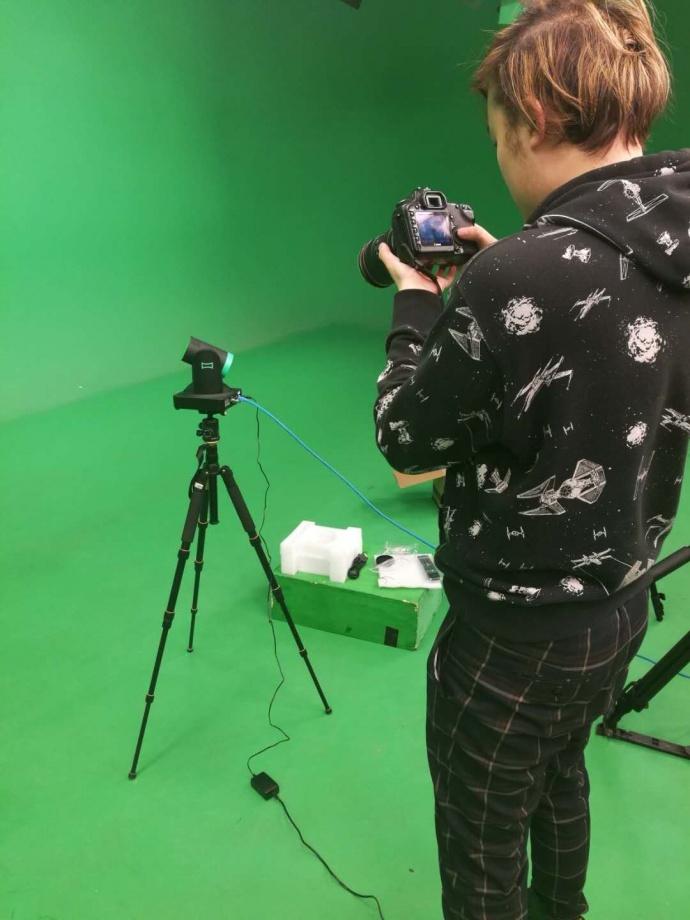 强氧首发广播级Livestudio Camera到货开箱